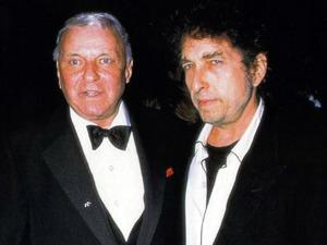 Frank-Sinatra-and-Bob-Dylan-at-Sinatras-80th-birthday-1995-uncredited-photo-300x225.jpg
